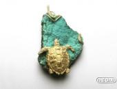 Spilla oro giallo con malachite | Negri Gioielli Roma 100% Artigianali | handmade jewellery