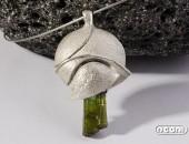 Pendente argento con olivina | Negri Gioielli Roma 100% Artigianali | handmade jewellery