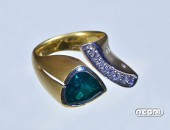 Anello oro giallo con Smeraldo e Diamanti | Negri Gioielli Roma 100% Artigianali | handmade jewellery