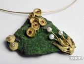 Girocollo con pendente in Oro giallo con Rubini, Diamanti e Perle | Negri Gioielli Roma Artigianali | handmade jewellery